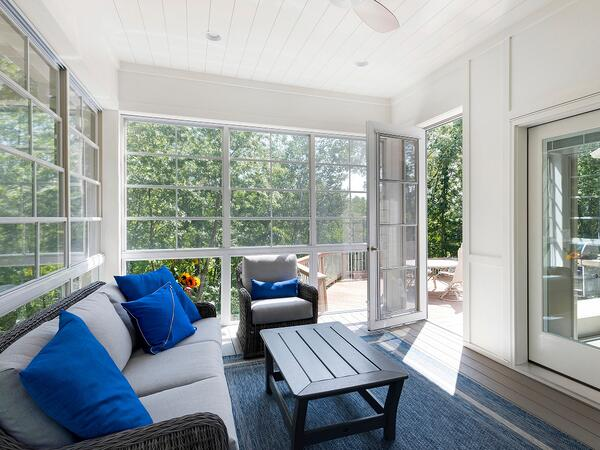 01-Porch Window Gallery