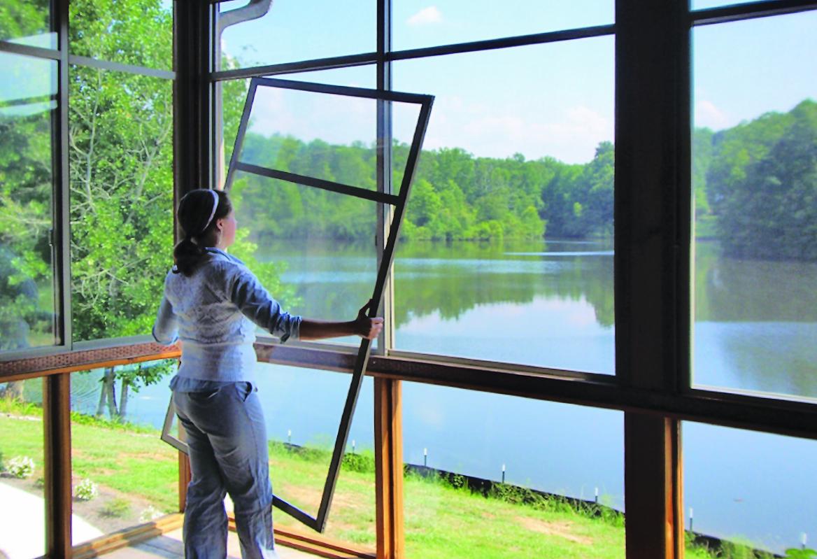 H4T Cottage Window1 copy.jpg